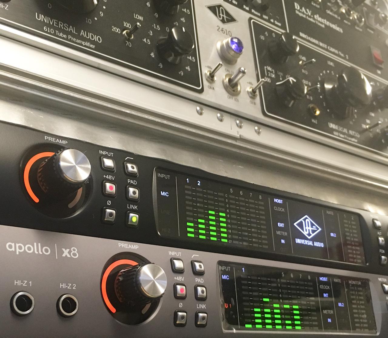 Apollo x8 mobile recording rig with UA 2/610
